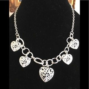 Jewelry - Silver filigree Hearts necklace